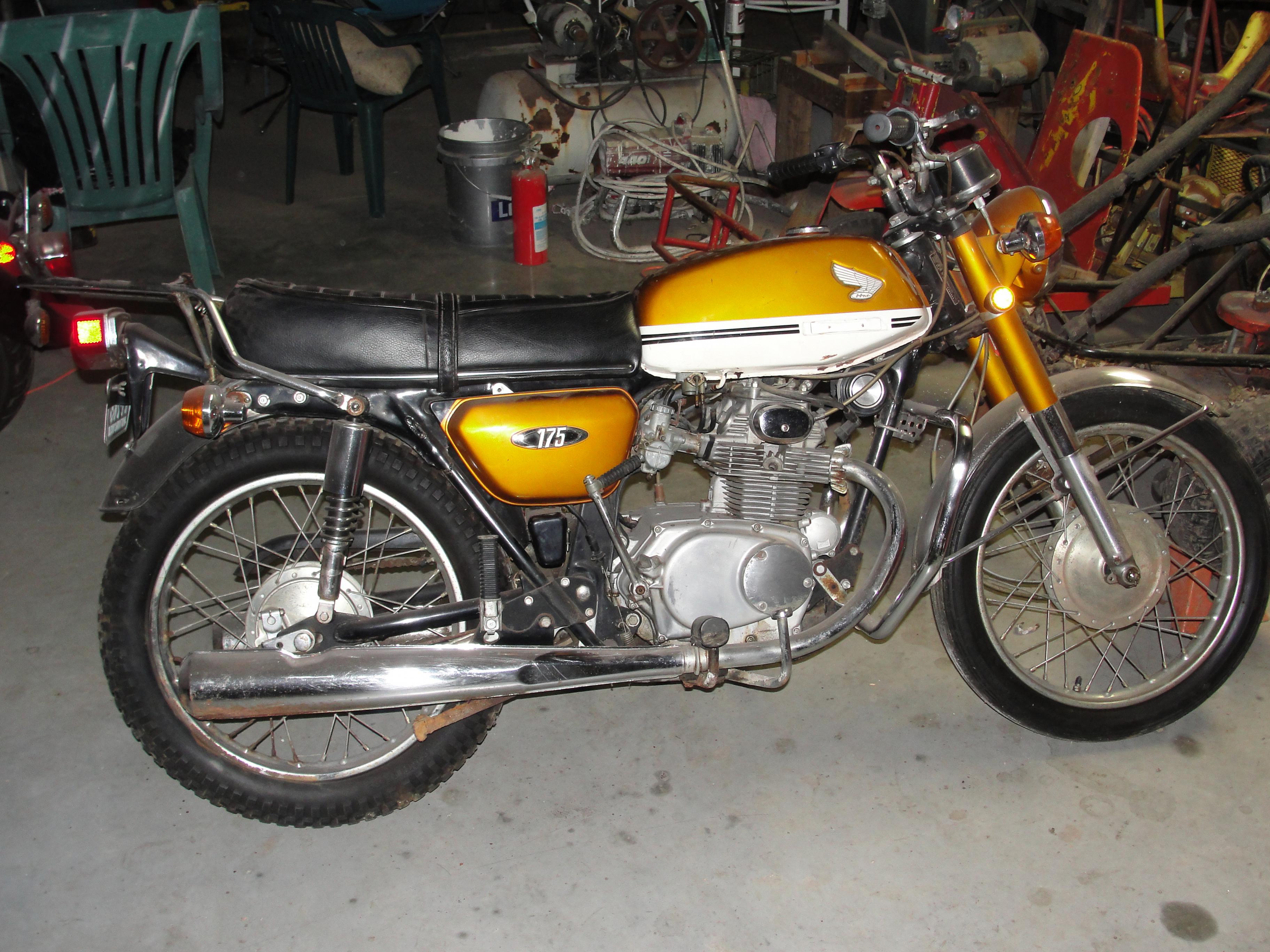 Name 1970 Honda CB175 12 Views 4977 Size 102 MB