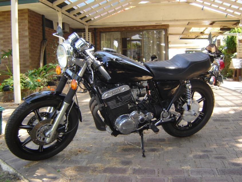 Name:  cafe-racer-tail-light-xs-cafe-racer-page-1-cafe-racers-do-the-ton-74437-900x675.jpg Views: 28524 Size:  96.1 KB