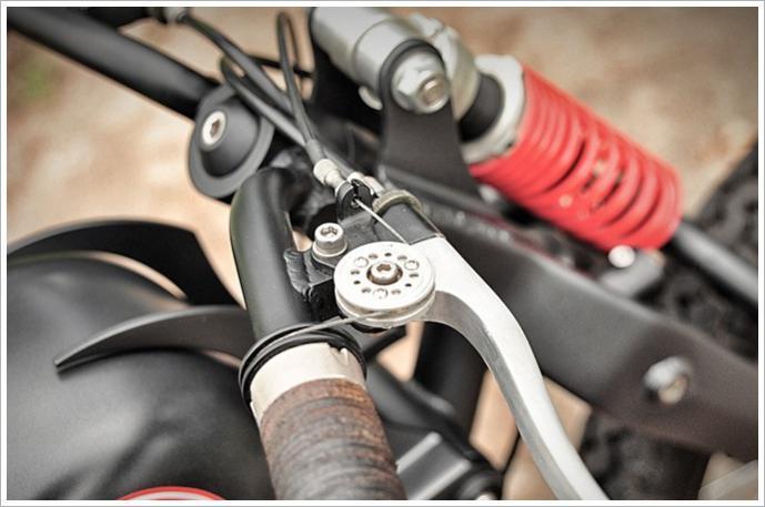 brooks handle bar grips