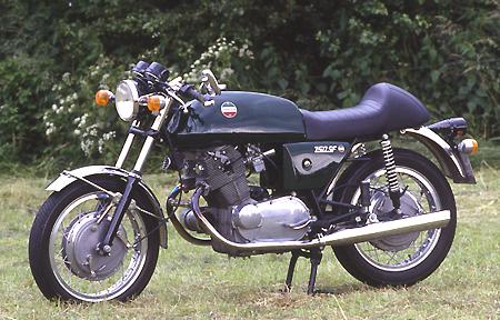 Name:  laverda_750_sf_1973.jpg Views: 237 Size:  202.3 KB