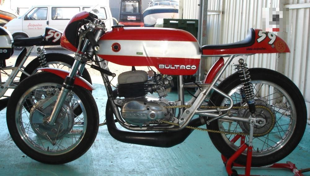 Bultaco Metralla Mk2 Kit America roadracers, tough choice
