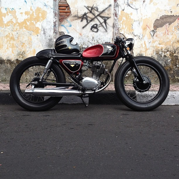1975 honda cb125s cafe racer brat build. Black Bedroom Furniture Sets. Home Design Ideas