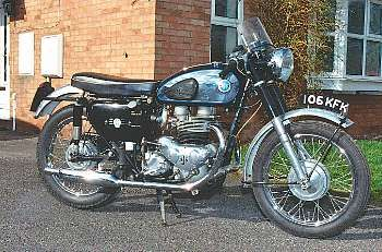 AJS Model 31 CSR 1961 Thruxton - Works AJS built for endurance racing at events like Thruxton 500 miler or the Silverstone 1000kms, completely untouched cosmetically but mechanically perfect.