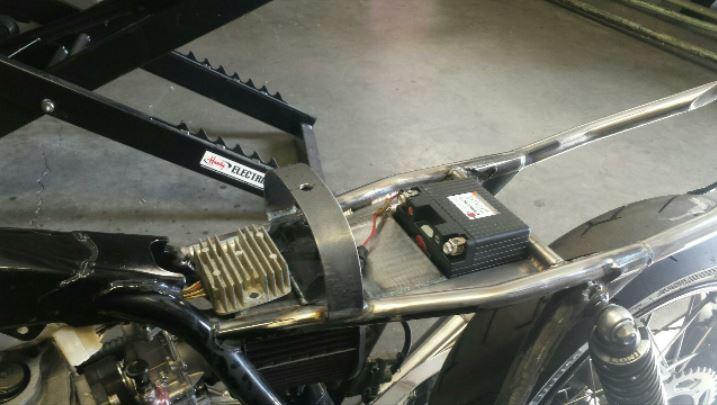 batterytray3 zps5deb0a01