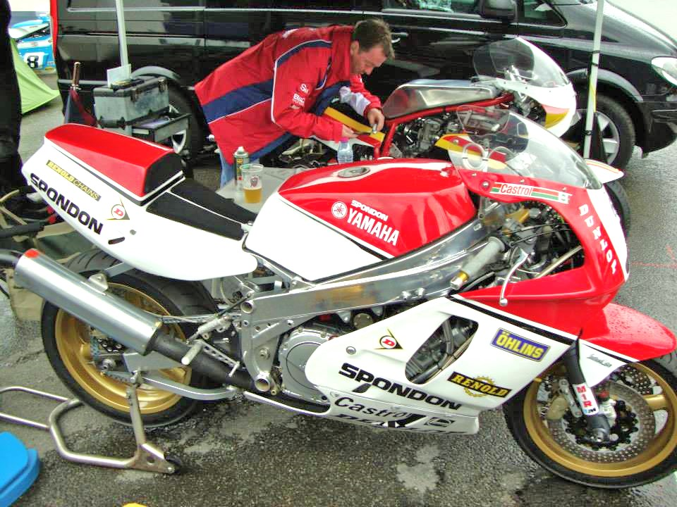 Spondon Yamaha FZ 1986 ex World F1 TT